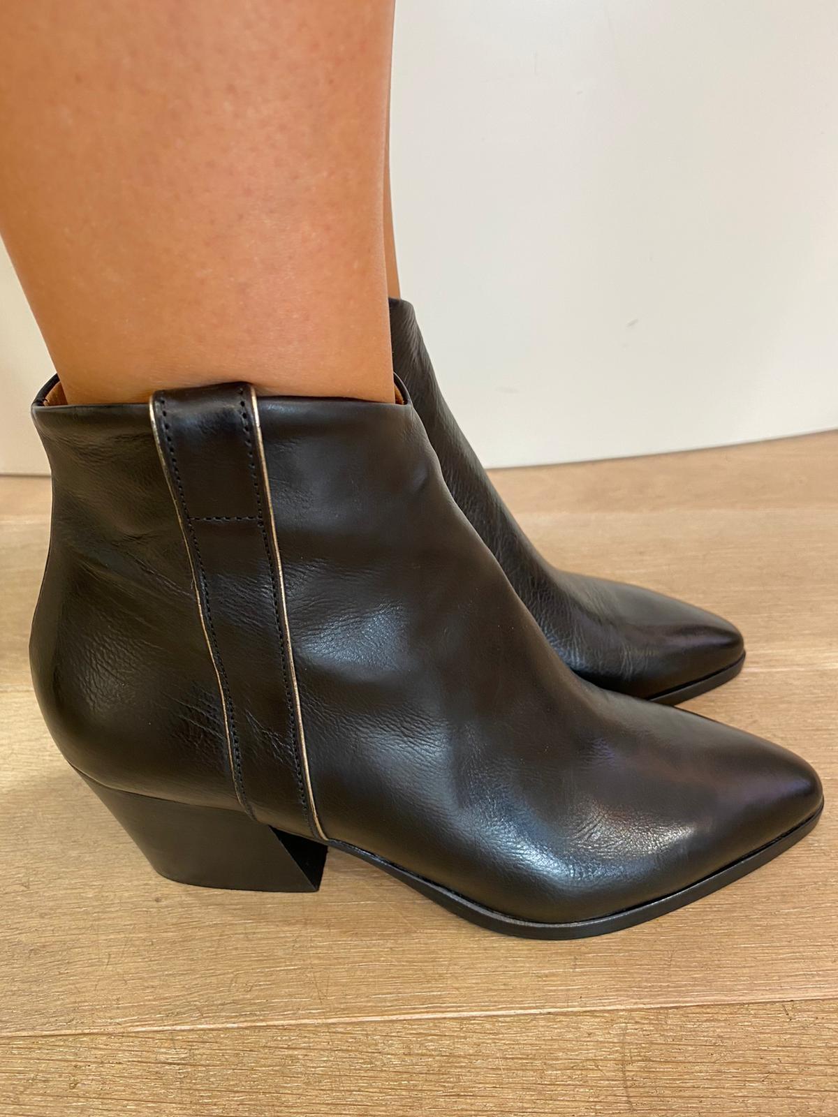Ankle Boots TODI NERO